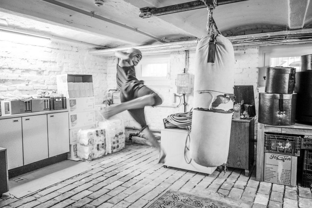 Hisbolluh, 16 Jahre alt, aus Afghanistan. Seine große Leidenschaft ist Boxen. Er trainiert mittlerweile zweimal pro Woche in Neukölln.